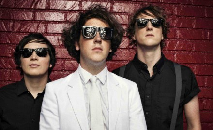 Wombats – Give Me A Try
